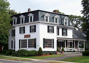 Ahlberg Antiques, Guildford, Connecticut (CT)