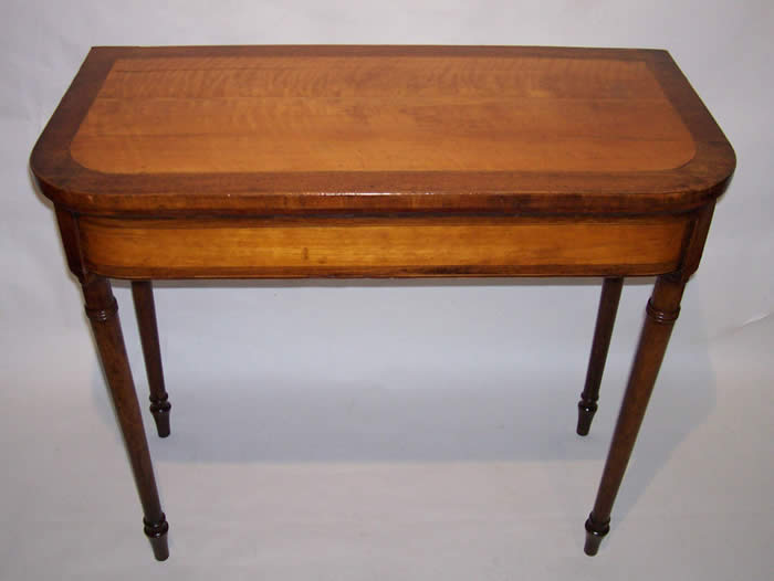 Card Table with turned legs - Tables Formal American And High Style Country Furniture And